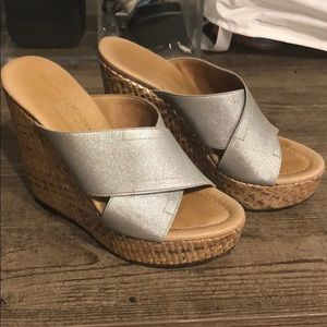 Donald Pliner silver Wedges 36 6 leather sole